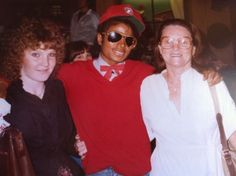 Aunt, grandma and me with Michael Jackson