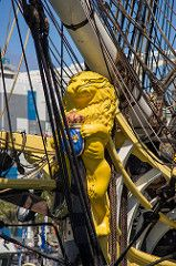 2015-05-01 L'Hermione in Las Palmas de Gran Canaria (09) Gallionsfigur der…