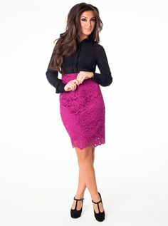 cute outfit for a working girl