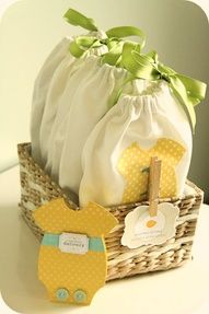 60 BABY SHOWER PRESENTS: All homemade and super cute. Links to tutorials included.