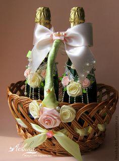 Свадебные аксессуары ручной работы. Ярмарка Мастеров - ручная работа. Купить Украшения для свадебного шампанского. Handmade. Белый, кружева