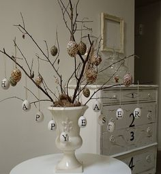 So cute!  And yes... still thinking ceramic eggs!!  Also... chalkboard paint on eggs.. this could be interesting!