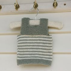 Ravelry: Easy 2 button child's vest pattern by Charm Knits $