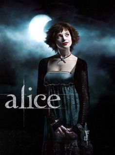 "Ashley Greene as Alice Cullen from ""Twilight"" - the sweetest of them all. Alice Cullen, Edward Cullen, Edward Bella, Alice Twilight, Twilight Film, Twilight Saga Series, Twilight Cast, Twilight Quotes, Twilight 2008"