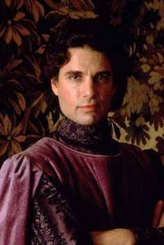 Chris Sarandon played the evil Prince Humperdink, who was engaged to Buttercup. ♥