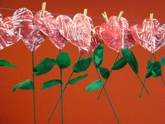 This, minus the stems. Kinder Valentines, Valentine Theme, Valentine Day Crafts, Mother's Day Theme, Diy And Crafts, Crafts For Kids, Diy Y Manualidades, Work Gifts, Love Days