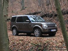 [Land Rover Discovery 4 3,0 TDV6 AT HSE] Der Land Rover Discovery präsentiert sich seit einigen Monaten in einem neuen Design und mit neuem Motor. In unserem Test zeigt er, was er kann. #landrover #discovery
