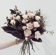 Perfect flowers for fall wedding