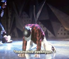 "The Lost Planet in Seoul DVD : Kai's ""Deep Breath"" practice ft. Baekhyun Hahaha :D"