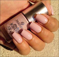 Essence-Wanna Kiss #calm #nail #color #serene #fashion