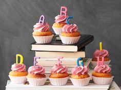 ABC-Cupcakes mit Marzipan