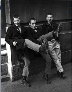 "And as Buster Bloodvessel said : "" You must love ska, you must love Dr Martens. Mode Skinhead, Skinhead Men, Skinhead Boots, Skinhead Fashion, Punk Fashion, Skinhead Style, Skin Head, Teddy Boys, New Romantics"