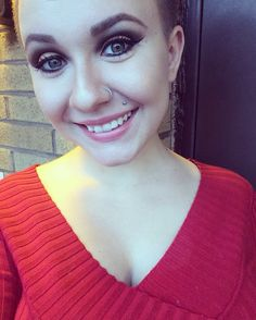 I look alright I suppose  #selfie #outside #naturallight #rainydays #makeup #atwork #atthebar #bartender #muaacademy #elfcosmetics #wetnwild #physiciansformula #bareminerals