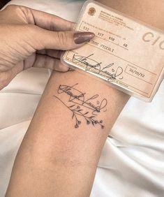 Classy Tattoos, Dainty Tattoos, Delicate Tattoo, Small Tattoos, Tiny Tattoos For Girls, Little Tattoos, Mini Tattoos, Dream Tattoos, Future Tattoos