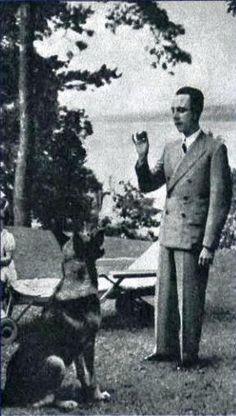 Joseph Goebbels with his dog