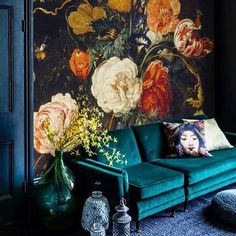 Tips to give your interiors a quick facelift? Pick an accent wall to do something fun with, change out your pillows seasonally, and find out a few more on oliviapalermo.com.