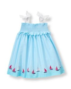 Perfect for resort getaways, our darling cover-up in airy cotton batiste features a smocked bib with ruffle trim and a seaside scene at the hem. Grosgrain ribbon straps with permanent bow details finish the sweet style. Baby Girl Fashion, Kids Fashion, Usa Baby, Girls Getaway, Baby Sewing Projects, Little Fashionista, Janie And Jack, My Baby Girl, Winter Dresses