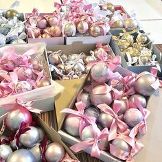 Shabby Chic Pink, Pink Christmas, Presents, Gifts, Gifs, Gift