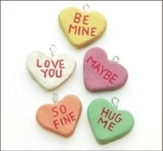 How to make a charm bracelet. Valentine's Day Conversation Hearts - Step 12