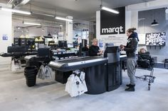 Marqt Haarlemmerstraat. Sustainable supermarket: Interior design and project management by Heyligers design+projects. www.h-dp.nl checkout