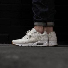 the best attitude 6db4a 6d7eb Great OTF shot via  5pointzbristol of the Nike Air Max 90 Ultra BR White Gum