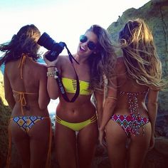 summa bikinis!  THE Big collection of photos of beautiful girls on the beach, in the car, in the countryside. Look more... #beautygirls #beachgirl