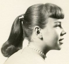 Grease Hairstyles, 1950s Hairstyles, Baddie Hairstyles, Casual Hairstyles, Hairstyles For Round Faces, Short Hairstyles For Women, Vintage Hairstyles, Hairstyles With Bangs, Hairstyles Videos