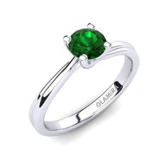 An emerald engagement rings is bought once in a lifetime so it is very unique and special for the buyer and the receiver. Diamond Cross, Cross Designs, Vintage Diamond, Cross Pendant, Sterling Silver Chains, Body Jewelry, Emerald, Gemstone Rings, Engagement Rings