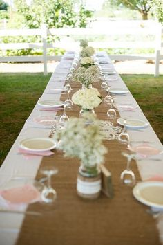 16 DIY Wedding Table Runner Ideas | Confetti Daydreams - DIY Burlap Table Runner, popular choice for rustic or vintage themed weddings.