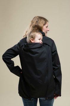 #Spring time #babywearing in Junah-Tragejacke{Softshell}- Shipping to Canada and USA
