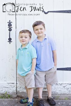 Pinned for Cassidy. little boy photography, poses for little boys, sibling poses for boys Little Boy Photography, Sibling Photography Poses, Sibling Photo Shoots, Sibling Poses, Boy Photography Poses, Kid Poses, Photo Poses, Children Photography, Little Boy Pictures