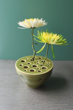 pod vase. Perfect for those little flowers kiddos pick without much stem