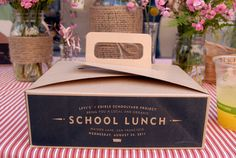 Levi's + Edible Schoolyard Project bring you a local & organic school lunch. Bakery Packaging, Food Packaging Design, Custom Packaging, Packaging Design Inspiration, Food Box Packaging, School Lunch Box, Box Design, Box Cake, Product Launch