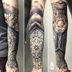 Tattoo artist Billy Heil black ornamental dotwork tattoo | Minsk, Belarus | #inkpplcom #billyheil #ornamental #geometrash #dotwork #blackwork #tattoo #art #tattooartist #ornamentaltattoo