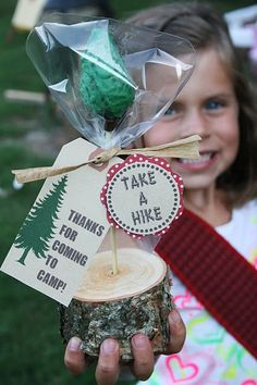 lots of ideas using pine cones, mason jars, make your own trail mix, etc