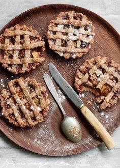 Beautiful little lattice fruit pie or tart recipe.
