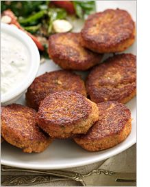 pan-fried patties made with red lentils, onion and garlic, and seasoned with oregano and fresh parsley. Perfect served as an appetizer with tzatziki or tahini sauce for dipping, added to stews, or stuffed into pita bread with crisp salad veggies. Veggie Recipes, Indian Food Recipes, Whole Food Recipes, Vegetarian Recipes, Cooking Recipes, Healthy Recipes, Red Lentil Recipes, Salad Recipes, Delicious Recipes