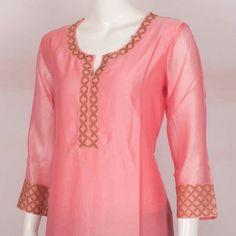 Salwar Pattern, Kurta Patterns, Neck Designs For Suits, Dress Neck Designs, Pakistani Dress Design, Pakistani Outfits, Kurta Designs, Blouse Designs, Kurti Styles