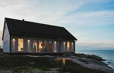 Scandinavian Home, Dream Big, Exterior Design, Cabin, Mansions, House Styles, Interior, Modern, Koti