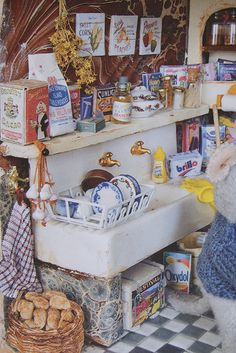 Dollhouse kitchen. Look at all the little details....