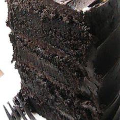 Decadent Dark Chocolate Cake Recipe Just A Pinch Recipes Köstliche Desserts, Chocolate Desserts, Delicious Desserts, Dessert Recipes, Decadent Chocolate Cake, Chocolate Chocolate, Dense Chocolate Cake Recipe, Chocolate Roulade, Chocolate Smoothies