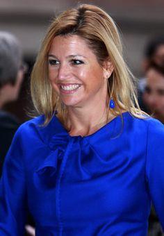 Máxima in koninklijk blauw