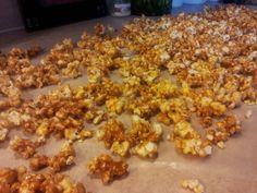 Lazy Caramel Corn {A No Bake Recipe!} ~ Im A Lazy Mom....