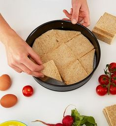Pikantná sendvičová torta | Möbelix Blog    ulozit ako slana torta Sandwich Torte, Party Finger Foods, Canapes, Cornbread, Sandwiches, Food And Drink, Low Carb, Snacks, Ethnic Recipes