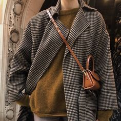 Fashion Tips 101 30 degrees 500 layers later .Fashion Tips 101 30 degrees 500 layers later Mode Outfits, Fashion Outfits, Womens Fashion, Fashion Tips, Fashion Trends, Fashion Hacks, Fall Winter Outfits, Autumn Winter Fashion, Winter Wear