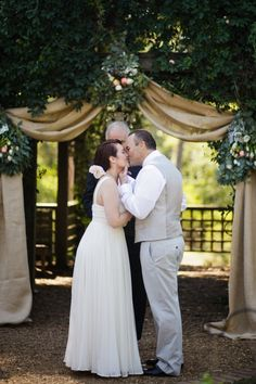 Barnsley Gardens Wedding by Elle Golden Photography | Style Me Pretty