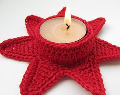 Crochet Star Crochet Sample Immediate Obtain. Stunning CHRISTMAS RED STAR design crochet candle holders can add a particular look to your Christmas Decorations. Crochet Christmas Decorations, Crochet Decoration, Christmas Crochet Patterns, Holiday Crochet, Crochet Cozy, Crochet Stars, Crochet Snowflakes, Crochet Gifts, Crochet Tree