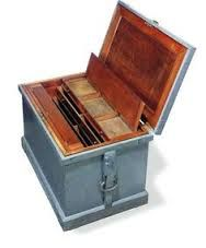 Image Result For Duncan Phyfe Tool Chest Portable Tool Box Old Tool Boxes Antique Woodworking Tools