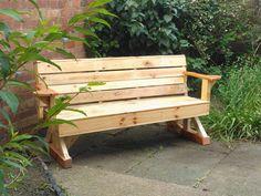 Garden bench from pallets.