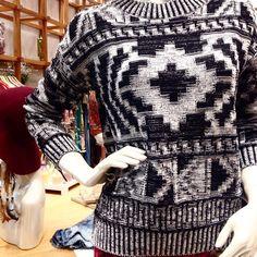 Já veio na nossa loja conferir a coleção Astral? Estamos com uma coleção incrível sem falar dos nossos tricots super lindos! #vivaflorinda #florinda #astral #invernoastral ❃☽❂☾❃